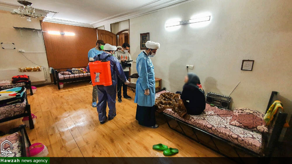 تصاویر/ بازدید و ضدعفونی خانه سالمندان آسمان توسط طلاب جهادی حوزه علمیه اصفهان