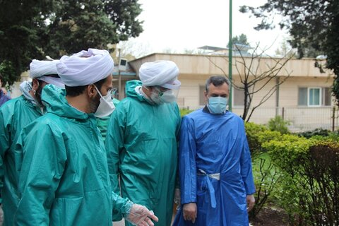 """مدير حوزة قزوين العلمية يتفقد مستشفى ومقبرة """"جنة فاطمة عليها السلام"""" لهذه المدينة"""