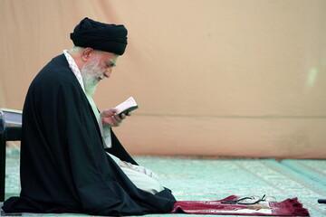 روایتی از نحوه حضور رهبر معظم انقلاب در مسجد مقدس جمکران + فیلم