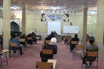 تصاویر / جلسه هم اندیشی طلاب جهادی حوزه علمیه همدان