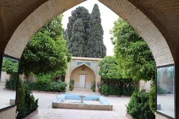 تصاویری از مدرسه علمیه منصوریه شیراز