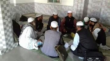 امامان جماعت بنگالی: روزه داران نمازهای ماه رمضان را در خانه اقامه کنند