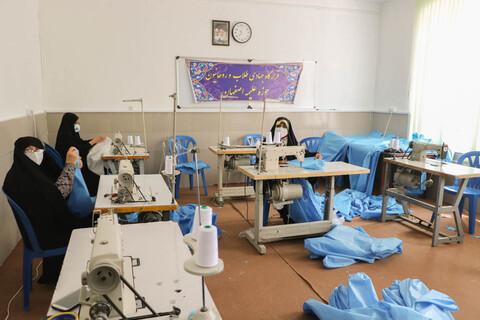 تصاویر/کارگاه تولید دستکش، ماسک و لباس پزشکی توسط قرارگاه جهادی طلاب اصفهان