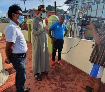 مسجد سان فرناندو در آمریکا صدها بسته غذایی میان نیازمندان توزیع کرد
