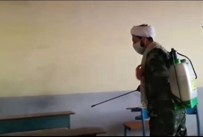 فیلم | ضدعفونی مدارس شهرستان آستانه اشرفیه توسط طلاب جهادی