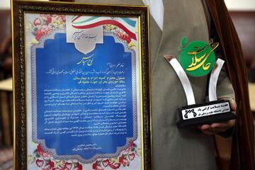 تصاویر/ تقدیر مسئولان دانشگاه علوم پزشکی قم از طلاب جهادی
