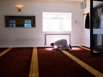 Muslims mark start of Ramadan under subdued atmosphere amid lockdown