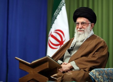 Ayatollah Khamenei:  Not being afraid of the US is a result of acting according to the Qur'an