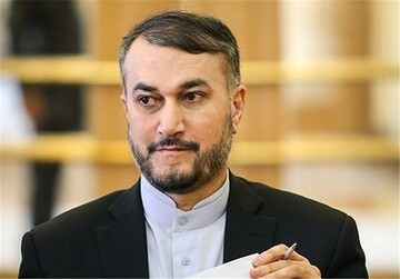 عبداللهیان: قائد الثورة والشعب والتعبئة عناصر ضمان الثورة وايران