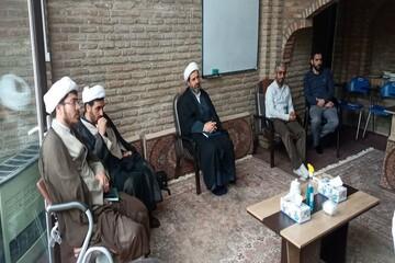 خدا قوت رئیس مرکز خدمات حوزه علمیه قزوین به طلاب جهادی