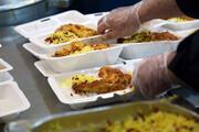 اطعام علوی در عید غدیر با غذای متبرک رضوی در قم