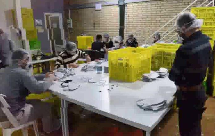 فیلم | طلبهها و بسیجی هایی که شیفت شب یک کارخانه را فعال کردند