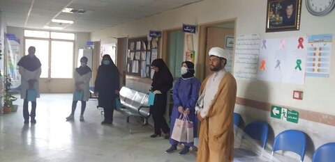 تصاویر شما/ مشارکت طلاب جهادی منطقه بیارجمند شهرستان شاهرود در رزمایش همدلی و مواسات