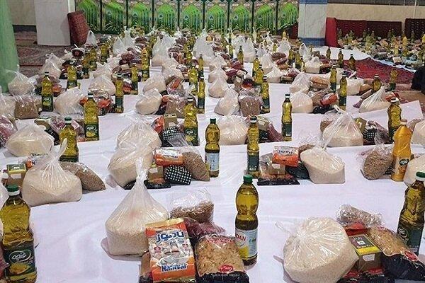 توزیع ۱۴ هزار بسته معیشتی به نیت ۱۴ هزار شهید کازرونی
