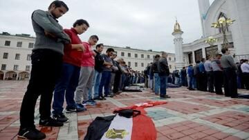 الازهر: اقتدا به نماز جماعت از طریق پخش الکترونیک جایز نیست