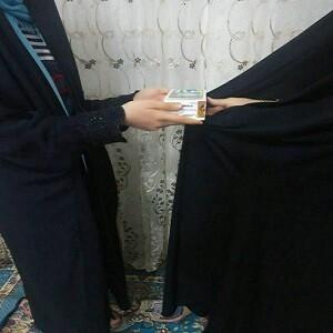 کمک مومنانه طلاب خواهر قروه درجزین در حمایت از دانش آموز بی بضاعت