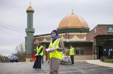 اهدای غذا توسط مسلمانان ایلینوی آمریکا در ایام ماه مبارک رمضان + تصاویر