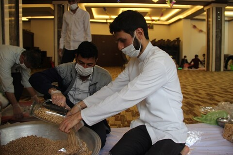مشارکت طلاب جهادی قزوین در رزمایش همدلی و مواسات