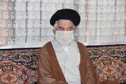 امام جمعه شهر اقبالیه به منزل شهید مدافع حرم رفت