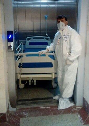 خدمترسانی طلاب جهادی مدرسه سفیران خاتم الانبیاء (ص) به بیماران کرونایی در بیمارستان توحید سنندج