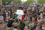 تصاویر/ مراسم تشییع و خاکسپاری شهید جعفر نظام پور در شهر بیجار