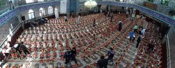 تصاویر/ توزیع ۸۰۰ بسته غذایی به همت جهادگران فاطمی ارومیه