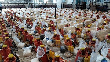توزیع ۶هزار بسته حمایتی توسط مدارس علمیه استان آذربایجان غربی