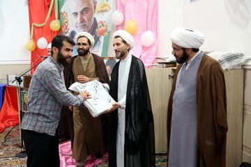 تصاویر / تجلیل از طلاب جهادگر