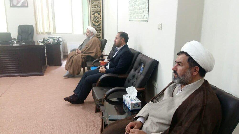 گسترش همکاری حوزه علمیه استان ایلام و بانک انصار استان