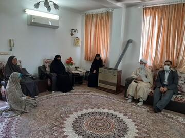طلبه جهادگری که مورد تقدیر مدیر حوزه خواهران مازندران قرار گرفت