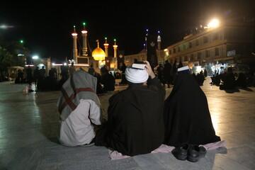 تصاویر/ احیای شب نوزدهم ماه مبارک رمضان در جوار کریمه اهل بیت (ع)