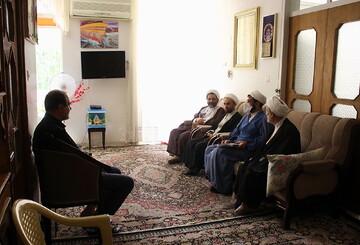 تصاویر/ حضور نمایندگان رئیس قوه قضائیه و مدیر حوزههای علمیه در منزل مرحوم آیت الله امینی