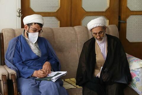 تصاویر/ حضور نمایندگان رئیس قوه قضائیه و مدیر حوزه های علمیه در منزل مرحوم آیت الله امینی