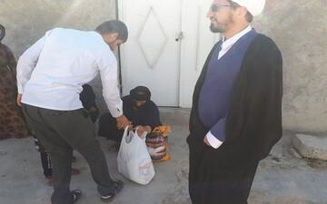۱۲۰ بسته معیشتی در منطقه قلعه شاهین سرپل ذهاب توزیع شد