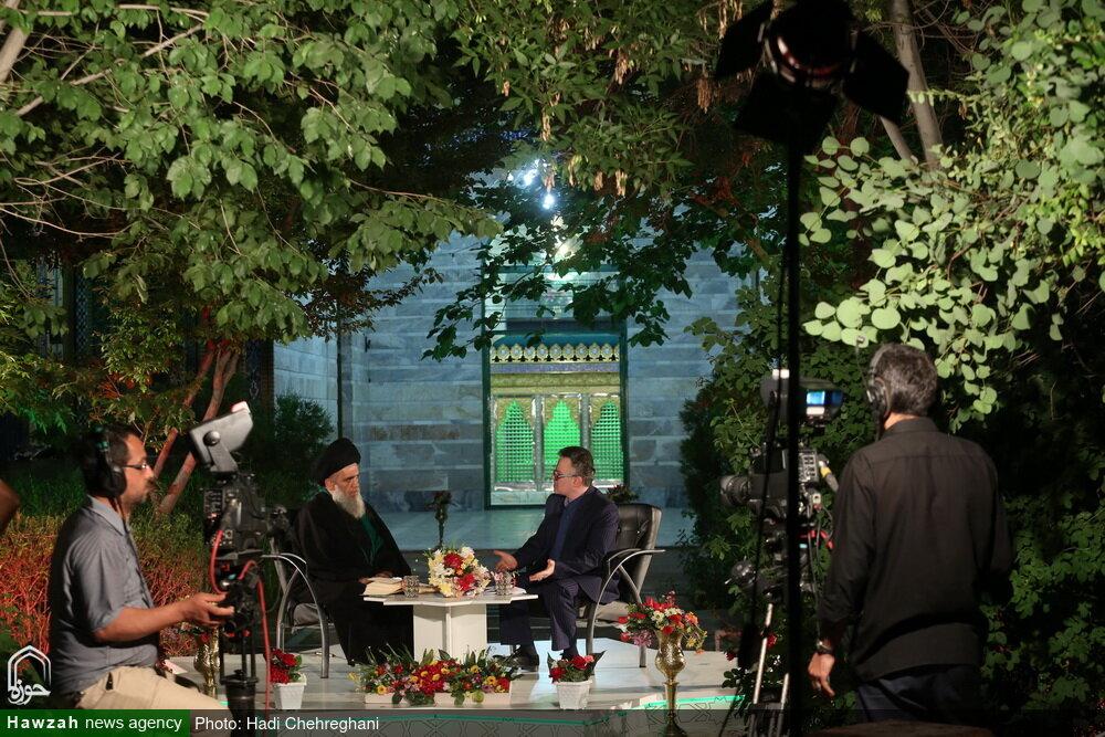 ویژه برنامه سحرهای ماه مبارک رمضان از شبکه سیمای استان قم