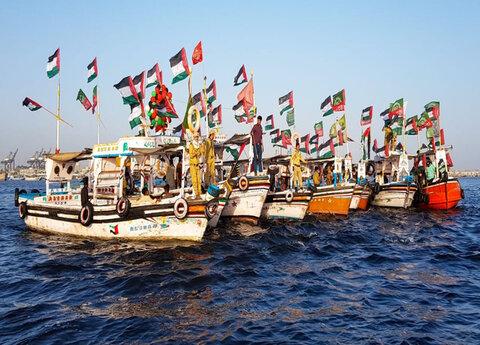 """راهپیمایی جالب """"روز جهانی  قدس پاکستانیها در دریا"""" +تصاویر"""