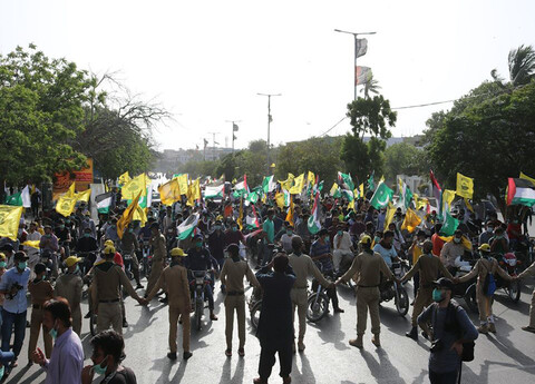 """تصاویر/ راهپیمایی بزرگ """"روز جهانی قدس"""" در کراچی پاکستان"""