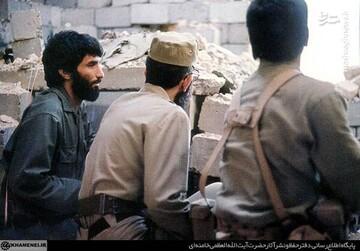 """حضور """"رهبر انقلاب"""" در جمع مدافعان خرمشهر"""