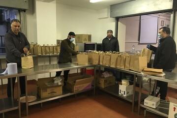 اهدای ۳۵۰۰ بسته غذایی توسط مسلمانان بورتون در ماه رمضان