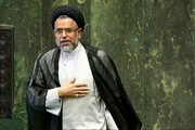 آیت الله العظمی مکارم دیدبانی برای محتوای اصیل مکتب اسلام و مذهب تشیع هستند