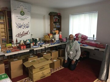 Park Road Mosque in Banbury providing food packs for community