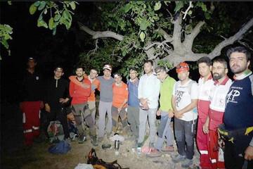 نجات چهار فرد گرفتار شده در کوه های مهریز
