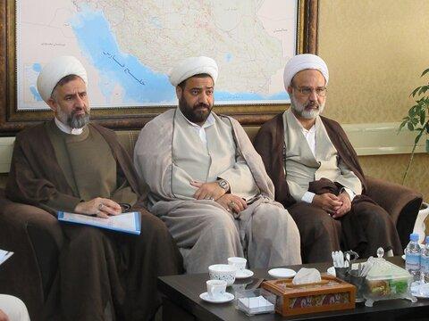 نشست مدیران حوزه علمیه یزد با رئیس  سازمان مدیریت و برنامه ریزی استان یزد