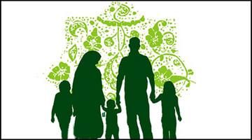 ایجاد فضای عاطفی و عقلانی در خانواده از وظایف والدین است