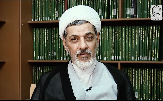 ۸ ویژگی زندگی امام خمینی(ره)