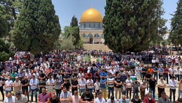 ۵۰ هزار نماز گزار در اولین نماز جمعه مسجد الاقصی حضور یافتند