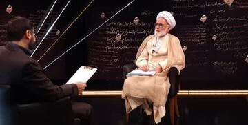 مناسبتر از آیتالله خامنهای برای رهبری نداشتیم/ تقلب در انتخابات ۸۸ دروغی شاخدار بود