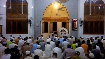 تهدید بمب گذاری در مسجد کراچی باعث تخلیه کامل مسجد شد