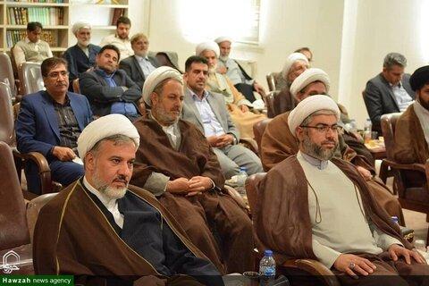 بالصور/ تكريم والترحيب بمدير مركز خدمات الحوزة العلمية لمحافظة أذربيجان العلمية في إيران