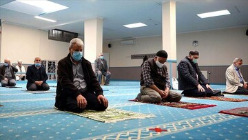 Some mosques in Belgium reopen for worship